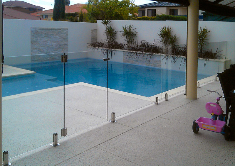How Glass Pool Fencing Can Make Your Pool Safer